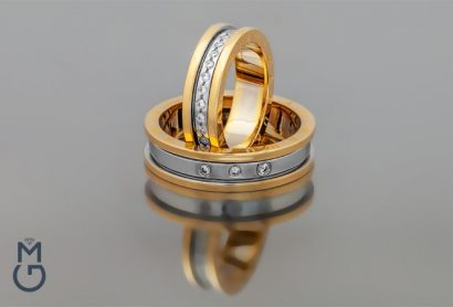 Обручальные кольца с бриллиантами и фамилией
