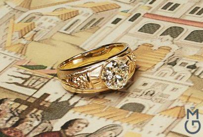 Мужской золотой перстень с бриллиантом