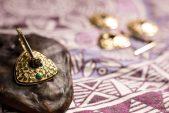 Серьги-трансформеры из золота с бирюзой и изумрудами