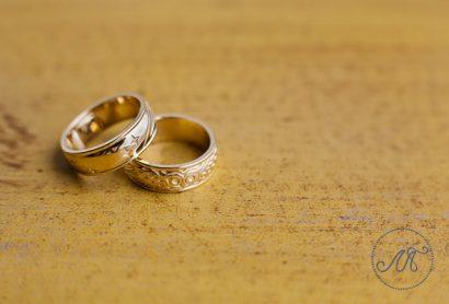 Эксклюзивные обручальные кольца из желтого золота