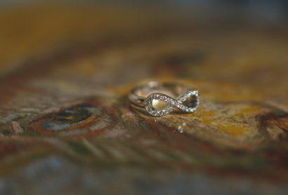 Золотое кольцо для помолвки с бриллиантами