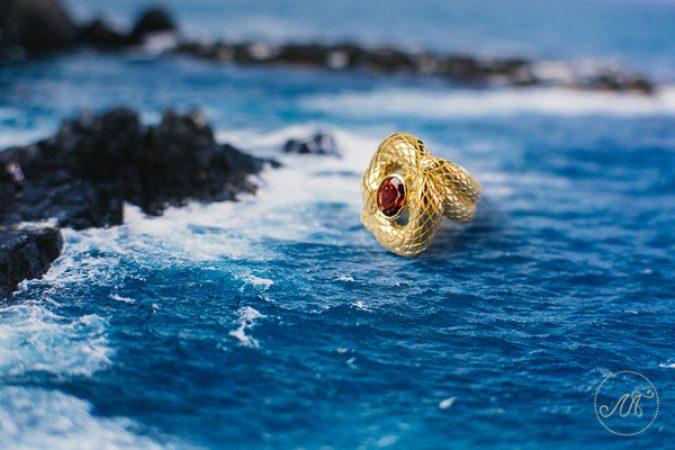 Винтажное золотое кольцо с турмалином