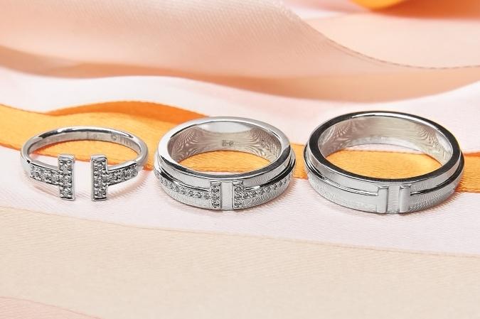 Женское обручальное кольцо с бриллиантами — реплика Tiffany T