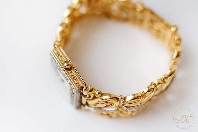 Женский золотой браслет для часов