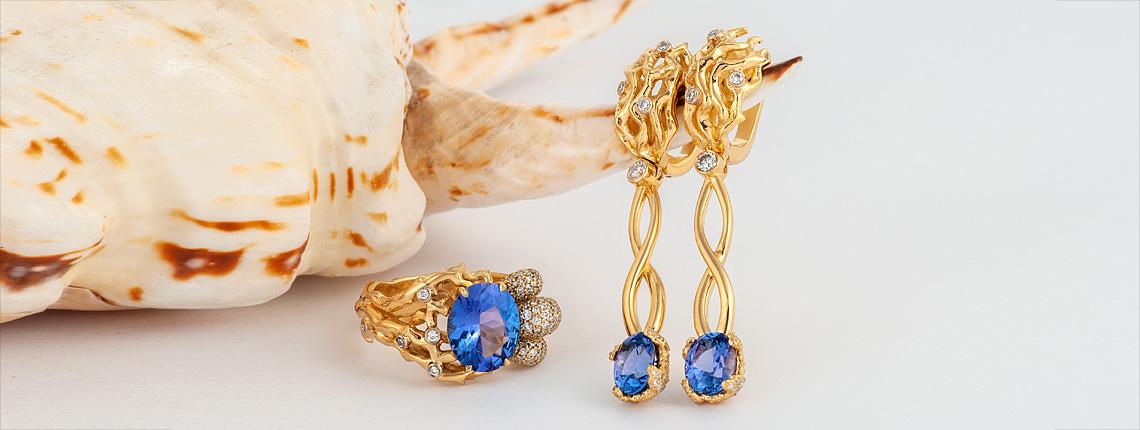 Серьги из золота с танзанитами и бриллиантами