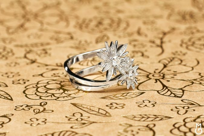 """Авторское кольцо """"Бриллиантовые цветы"""""""