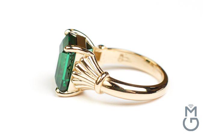 Астрологическое кольцо с турмалином